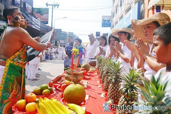 Schedule for Phuket Vegetarian Festival 2013 Street Processions