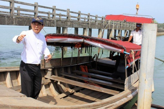 Phuket Governor carries out safety inspection at Koh Maprao
