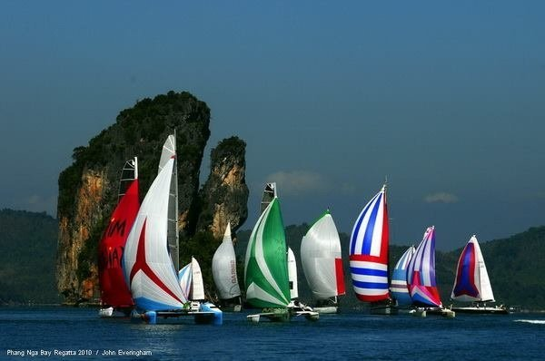 17th The Bay Regatta 2014 sees wave of Sailors