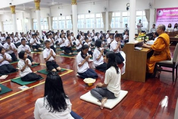 Phuket's second Buddhist Education Camp for Youths 2014