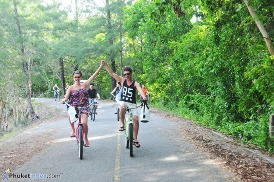 Renaissance Phuket's scenic bike ride to the chic side of nature