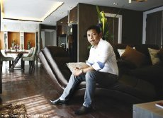 Mr. Chitsanucha Phakdeesaneha Managing Director of Universal and Porchland Group