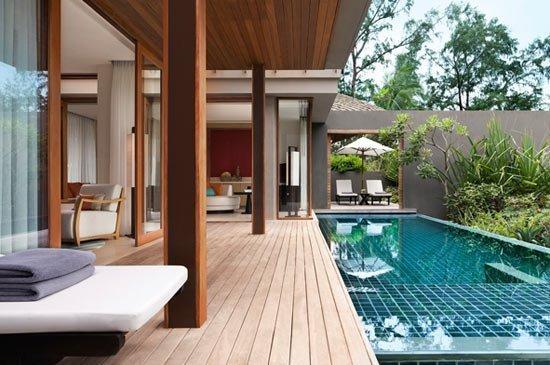 Renaissance Phuket Resort & Spa awarded Tripadvisor