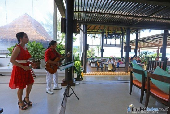 Sunday Brunch at The Savoury Restaurant The Vijitt Resort Phuket