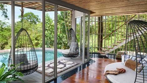 Tree Pool House Lounge