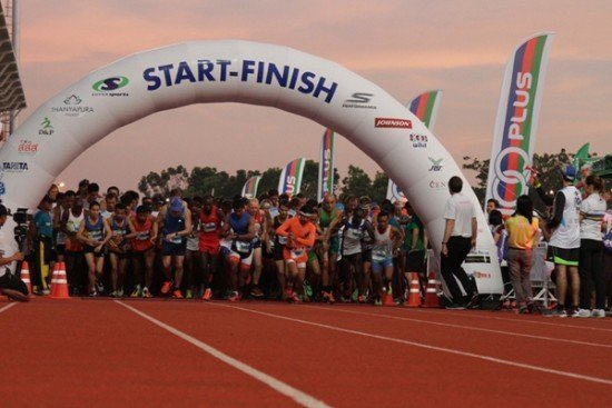 01Kenyans Top Second Supersports 10-Mile International Run in Phuket Heat