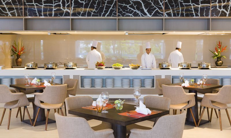 Delicious international buffet at Amor Retaurant Novotel Phokeethra