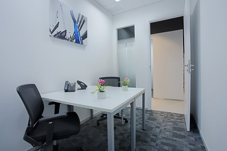 Regus-Phuket-Office-Space