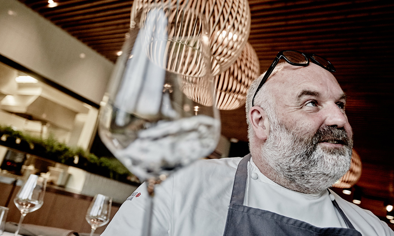 The Extraordinary Dining Experience with The Italian Michelin Star Chef Massimiliano Celeste