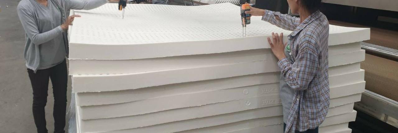производство латексных матрасов и подушек в таиланде