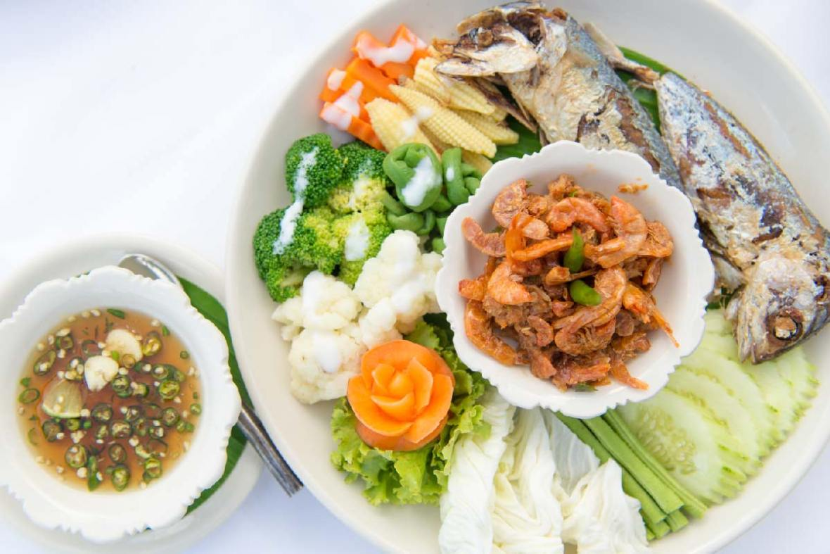 Special-Southern-Thailand-Food-Set-Lunch-or-Dinner