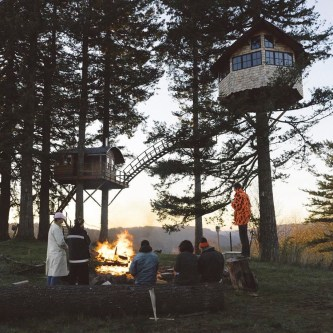 dream-treehouse-the-cinder-cone-foster-huntington-26