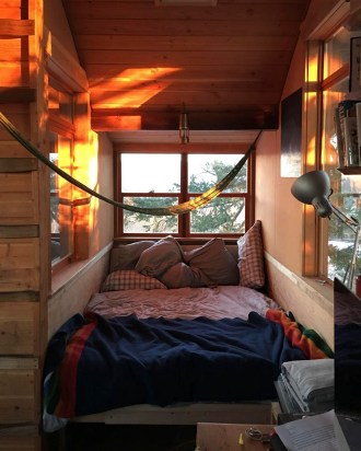 dream-treehouse-the-cinder-cone-foster-huntington-31-1