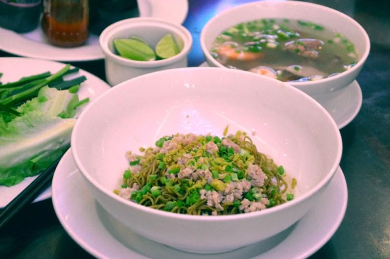 Mì thập tâm nhà hàng khách sạn Phú Thọ