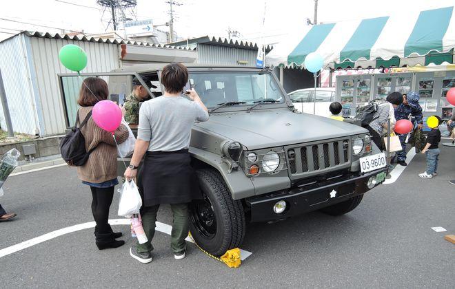 小型トラック乗車体験|自衛隊