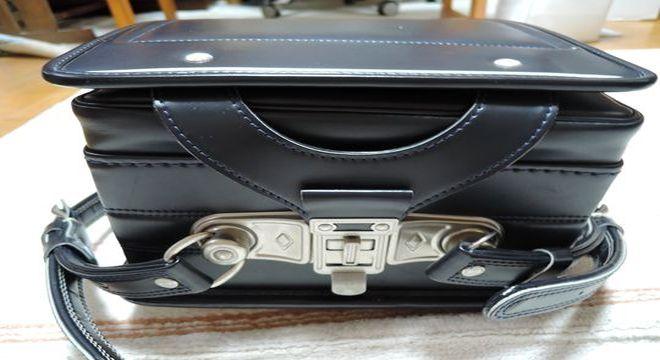 中村鞄ランドセル:錠前部分