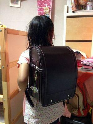 娘が買ったのは中村鞄のランドセル
