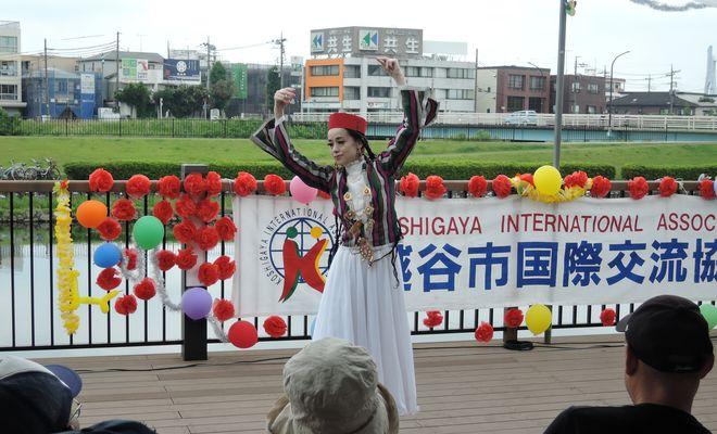 ウズベキスタン舞踏