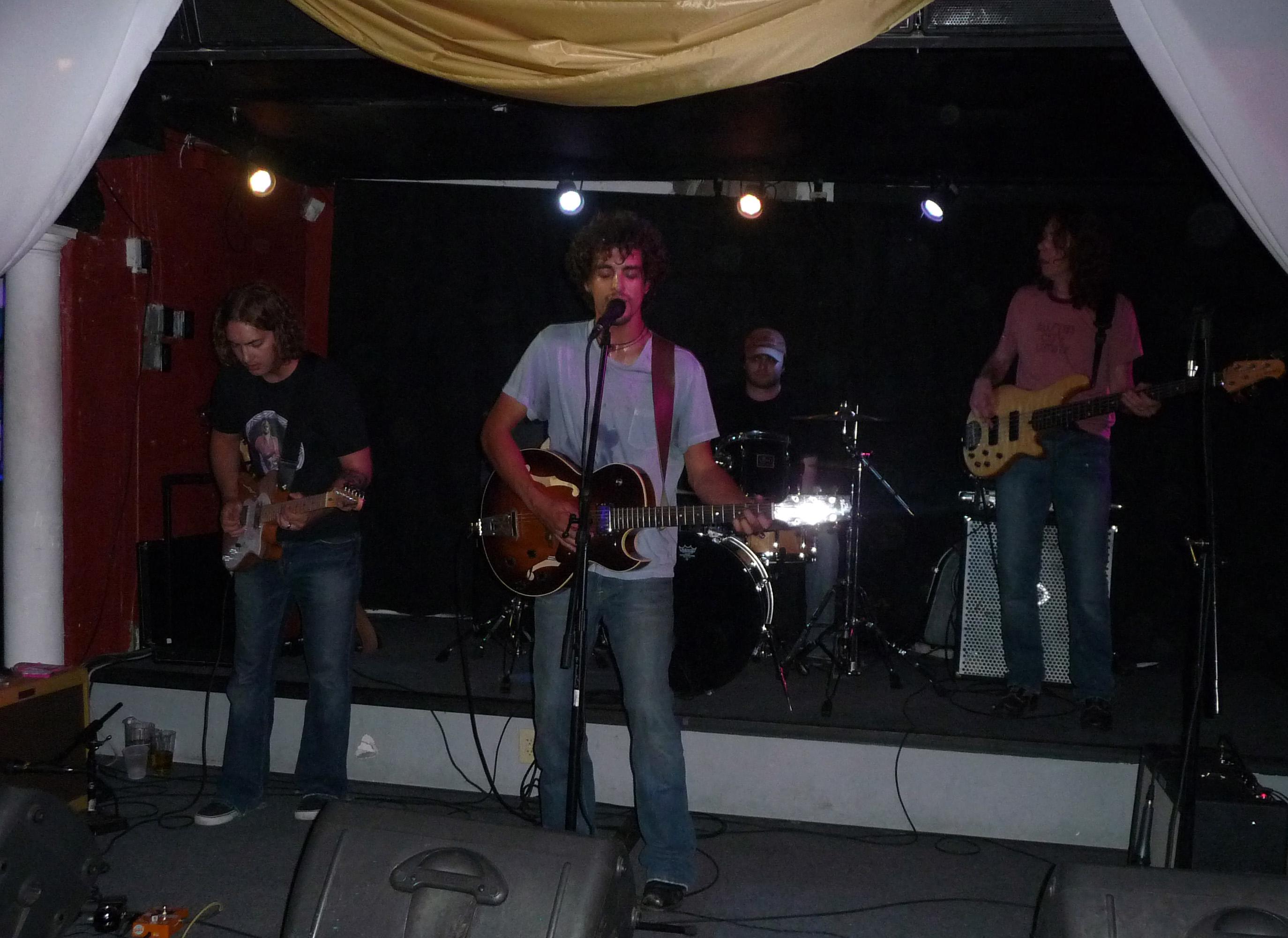 Dan Tedesco and band