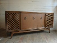 Mid Century Modern Stereo Console | Phylum Furniture