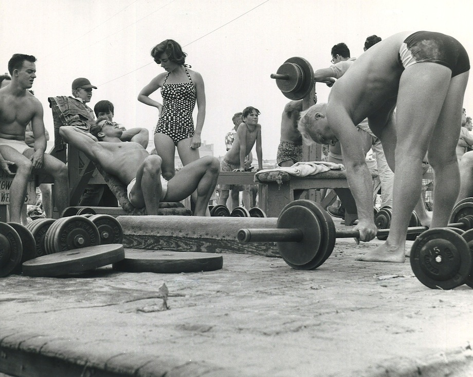 Muscle Beach.jpg.CROP.original-original.jpg