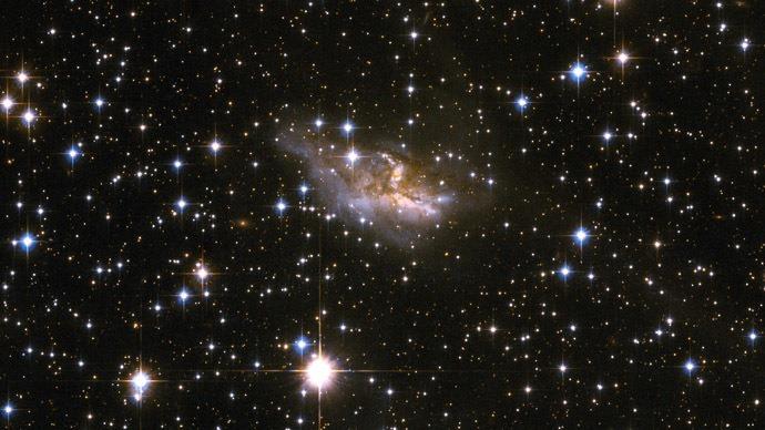 many-interacting-worlds-quantum-mechanics