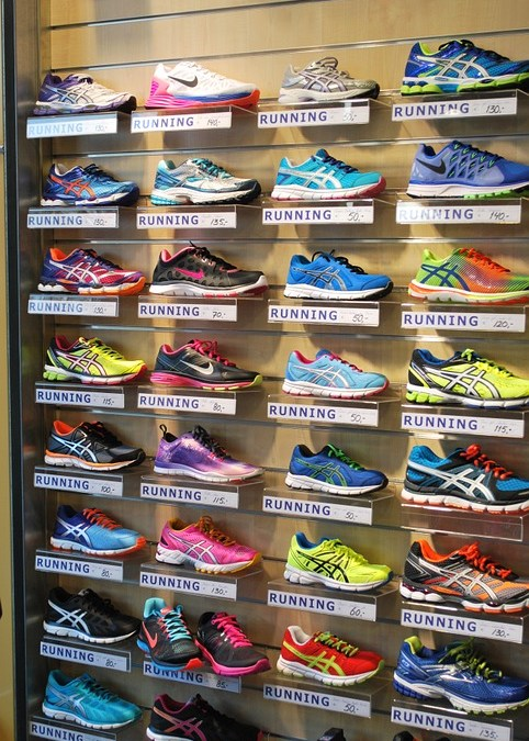 d2daa7c7ea4 How to Choose the Right Running Shoes for YOU - PhysioStrength