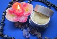 comment utiliser des huiles essentielles dans ses cosmétiques fait maison et quelles sont ces huiles essentielles