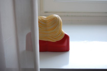 Pia König-Två kvinnor med hår-Posthotellet Göteborg