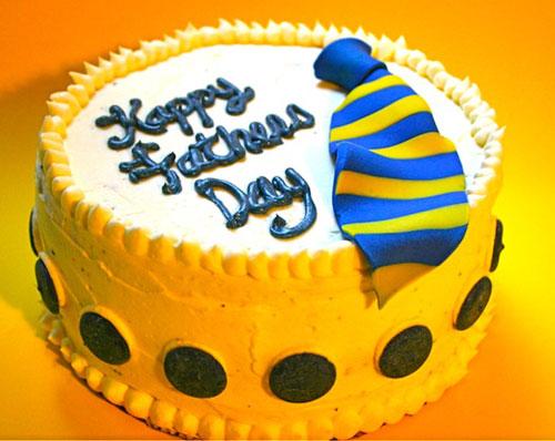 33 Torte per la Festa del Pap con Decorazioni in Pasta di