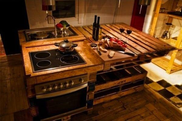 Cucine outdoor per vivere gli spazi esterni della tua casa. Arredare La Cucina Con I Pallet Eccovi 5 Idee Originali Semplici Da Realizzare