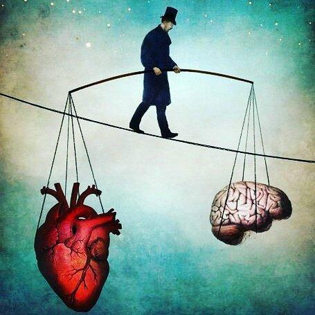 Un equlibrista tiene in perfetto equilibrio cuore e cervello.