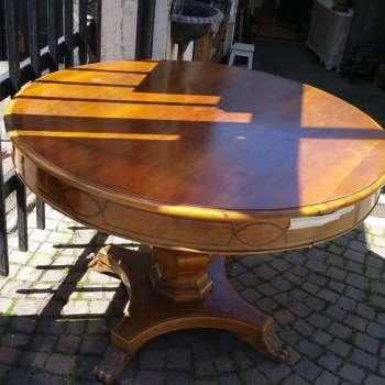 tavolo rotondo in legno teak