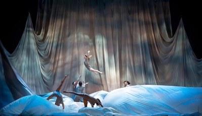 Réversible, Les 7 Doigts, Bataclan, Pianopanier, cirque contemporain