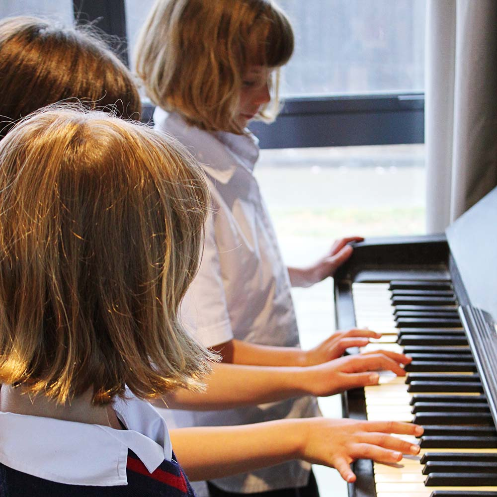 Group Piano Lessons Christchurch