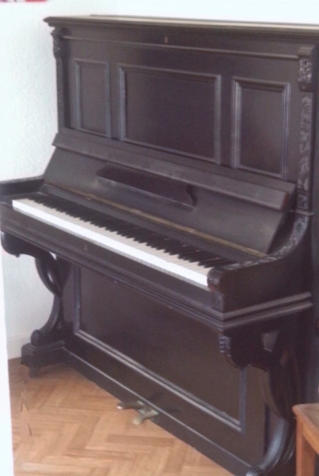 Klavier  Neufeld kaufen Ca 120 Jahre altes Klavier zu