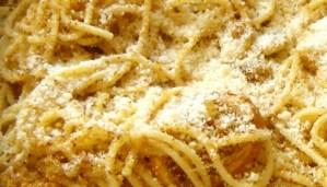 spaghetti-in-teglia-primi-piatti-tipici-siciliani