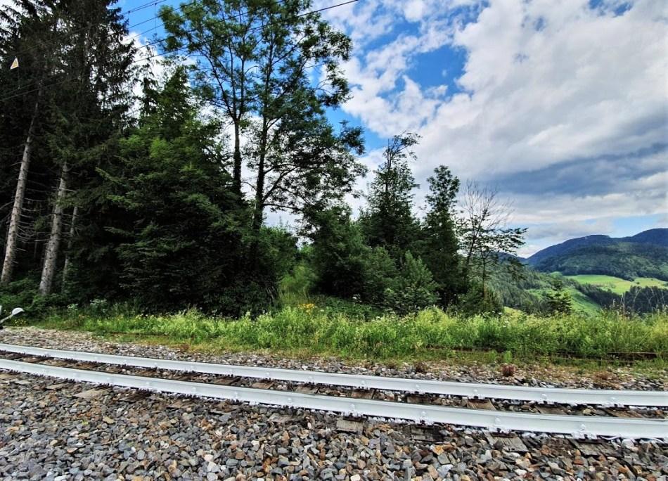 Weiße Schienen bei Winterbach