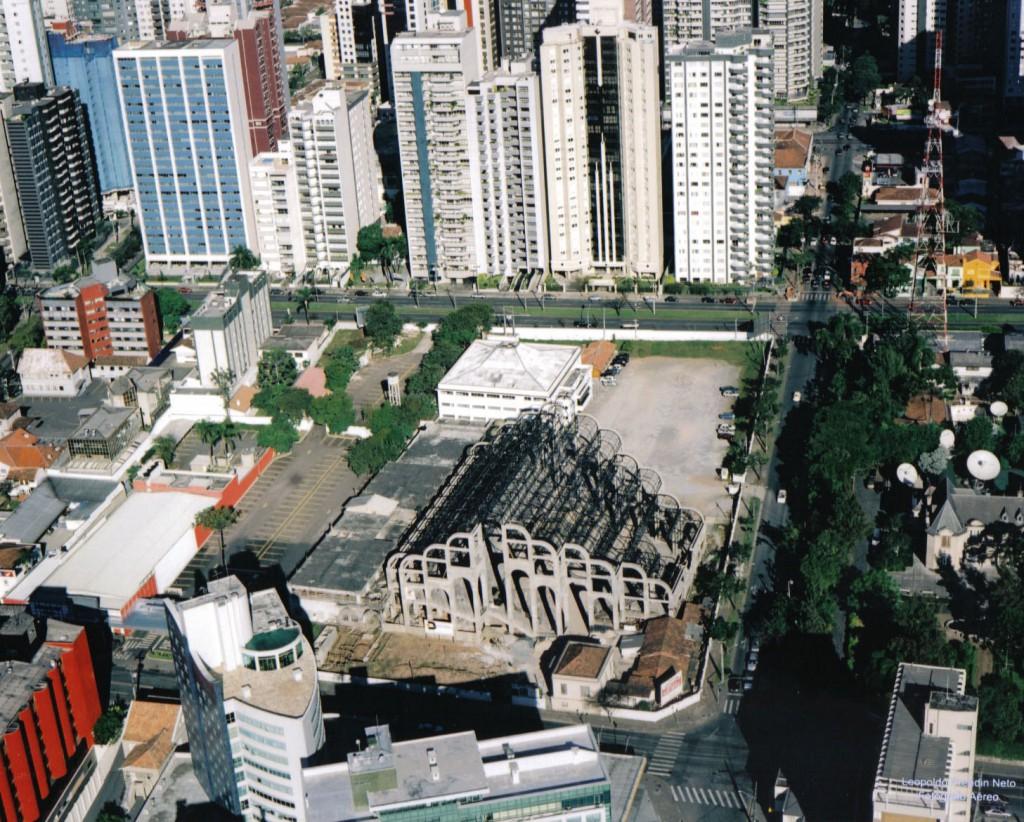 Primeira Igreja Batista de Curitiba - Avenida Batel – 2001