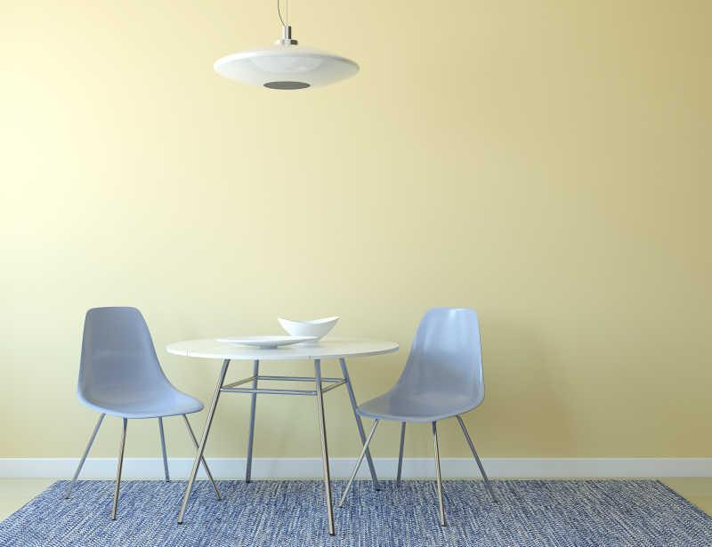 blue kitchen chairs design tool free 厨房简易餐桌设计图片 厨房里有桌子和两个蓝色椅子素材 高清图片 摄影 厨房里有桌子和两个蓝色椅子