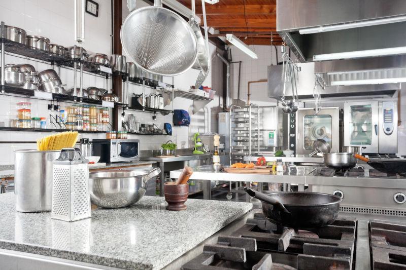 kitchen counters sink pipe cleaner 厨房图片 商业厨房柜台用具的多样性素材 高清图片 摄影照片 寻图免费打包下载 商业厨房柜台用具的多样性