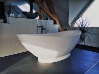 Freistehende Badewanne Como aus Mineralguss