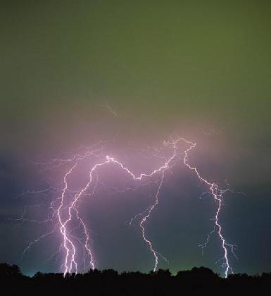 雷電是怎么產生的-