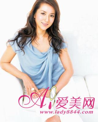 不老主婦富田莉香 分享40歲女人的保養法典 - 色彩地帶