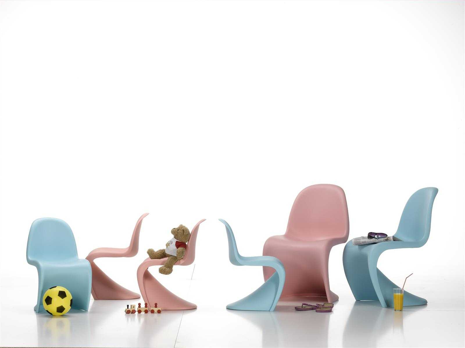 Kinderstuhl Panton Junior Light Blue Von Vitra