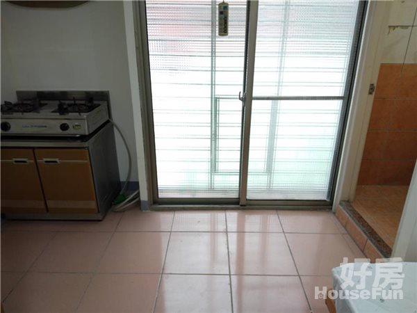 三重仁愛街53巷X號4樓402室套房 10坪 包網 | 好房快租