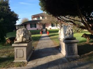 Villa in vendita Peschiera Borromeo  Immobiliareit