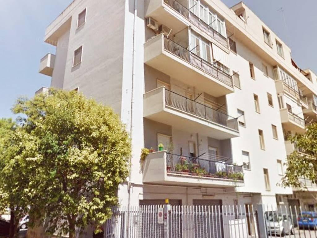 Vendita Appartamento Taranto Trilocale In Via Firenze 12