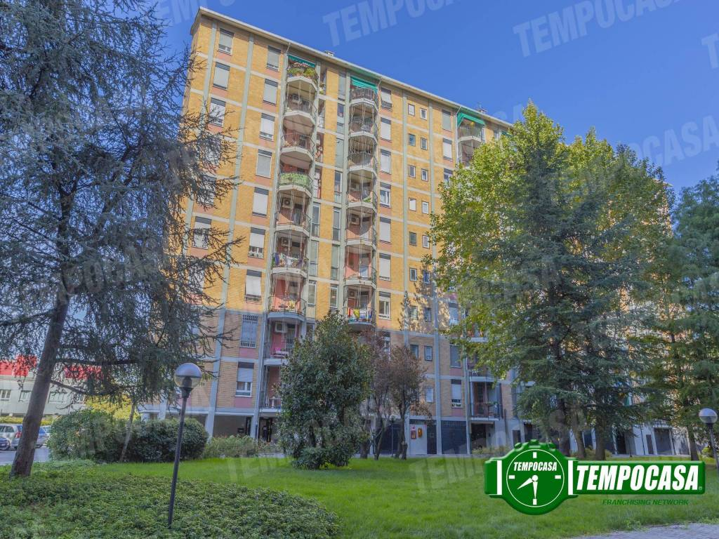 Vendita Appartamento Milano Quadrilocale In Via Emanuele