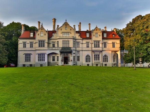 Hôtel de luxe de n/a chambres en vente Lublin, Pologne ...